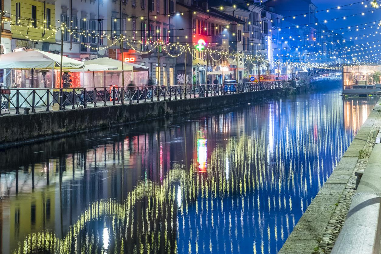 Milano luminarie Natale 2017