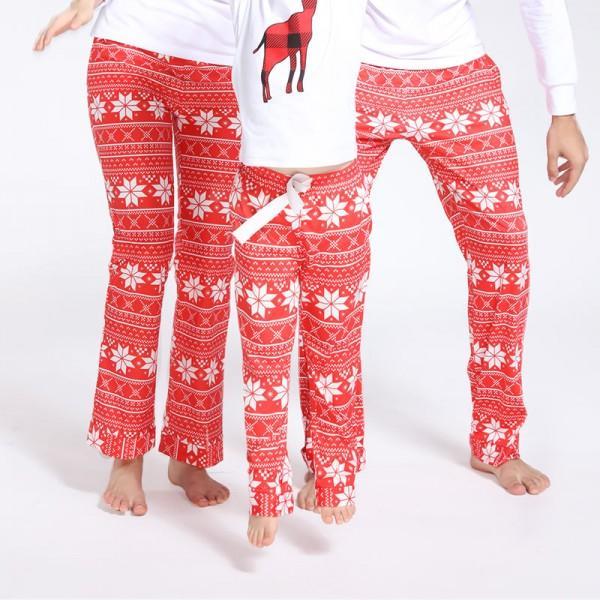 negozio online 96fcb 3d276 Pigiami natalizi per tutta la famiglia: ecco dove comprarli
