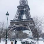 Quanto è bella la neve a Parigi